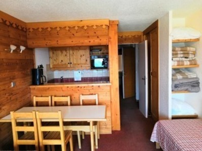 For rent 2 room 5 bed self-catering apartment : 4 Sapins